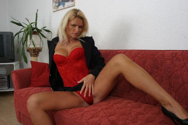 sex in lippe crossdresser in nylons